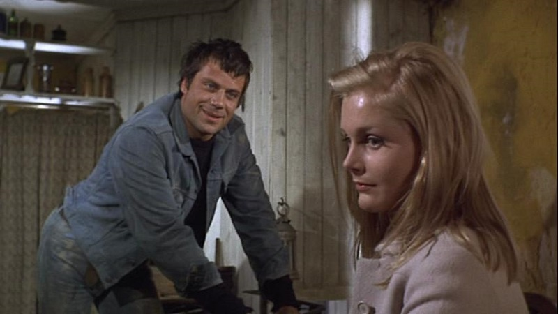 Oliver Reed and Carol Lynley in The Shuttered Room (1967)